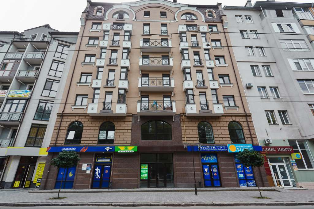 for sale office real estate  Ivano-Frankivsk